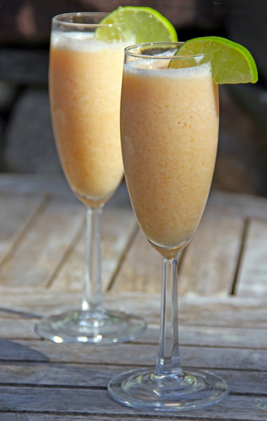 Melon Pear Smoothies 8