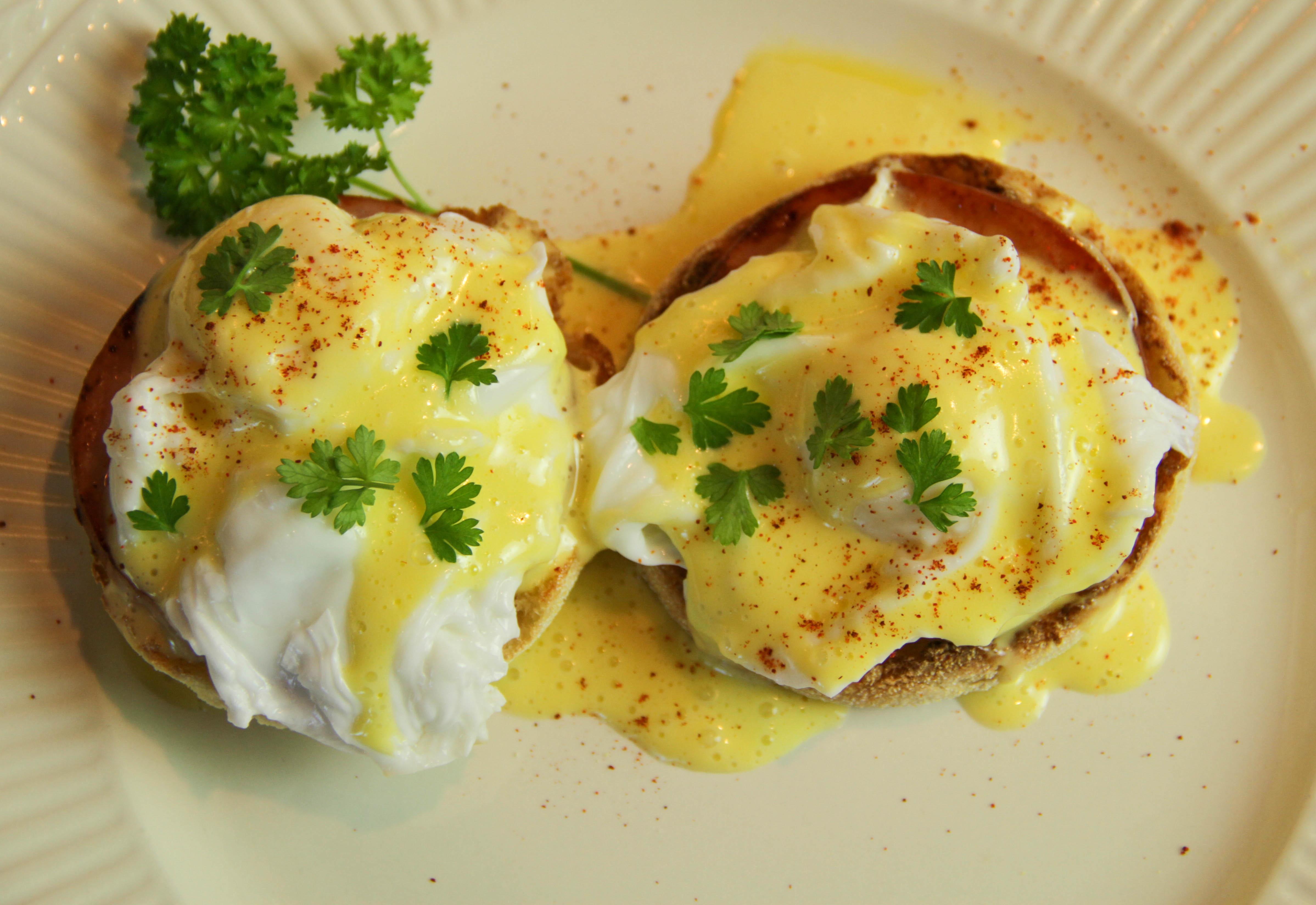 Eggs Benedict 8